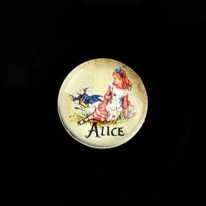 """Cabochon sticla 20mm """"Alice in Wonderland"""" cod 757"""