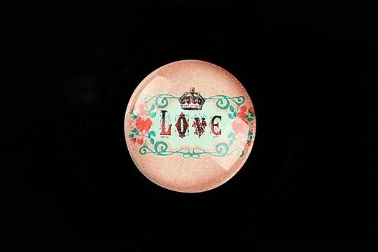 """Cabochon sticla 25mm """"LOVE"""" cod 801"""