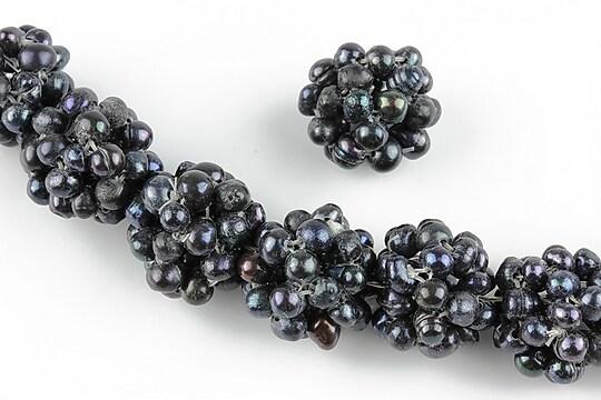 Bulgarasi 14mm formati din perle de cultura negre 3mm