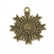http://www.adalee.ro/37890-large/pandantiv-bronz-stema-cu-regina-35x30mm.jpg