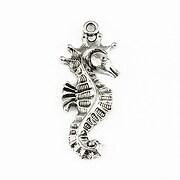 http://www.adalee.ro/37908-large/pandantiv-argintiu-antichizat-calut-de-mare-39x16mm.jpg