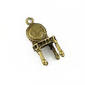 Pandantiv bronz scaun 28x12mm