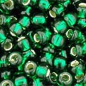 Margele Toho rotunde 8/0 - Silver-Lined Green Emerald