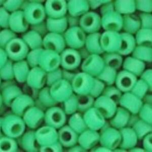 Margele Toho rotunde 11/0 - Opaque-Frosted Shamrock
