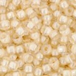 Margele Toho rotunde 11/0 - Inside-Color Crystal/Lt Jonquil Lined
