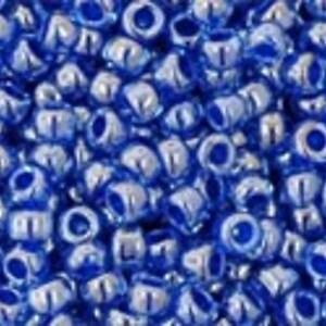 Margele Toho rotunde 11/0 - Inside-Color Lt Sapphire/Opaque Dk Blue Lined