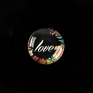 """Cabochon sticla 18mm """"Love"""" cod 929"""