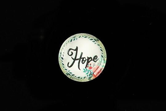 """Cabochon sticla 20mm """"Hope"""" cod 940"""