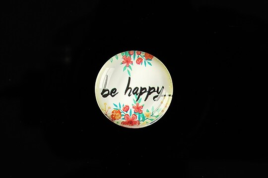 "Cabochon sticla 20mm ""be happy"" cod 941"
