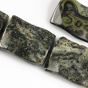 Rhyolite jasper dreptunghi valurit 25x19mm