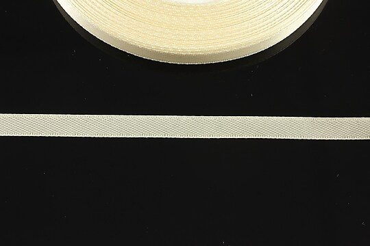 Panglica saten latime 0,6cm (1m) - ivory