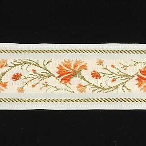 Panglica alba brodata cu flori, latime 3,2cm (1m) - auriu si portocaliu