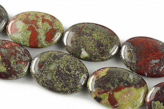Bloodstone jasper oval 25x18mm
