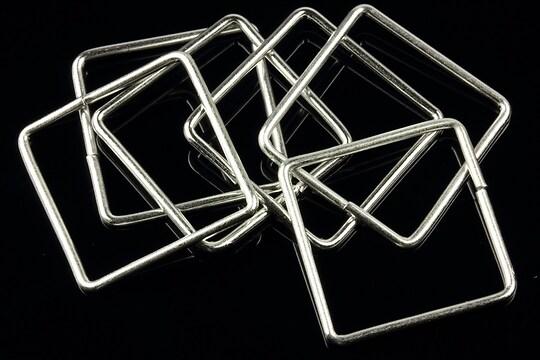 Zale argintii patrate 25mm