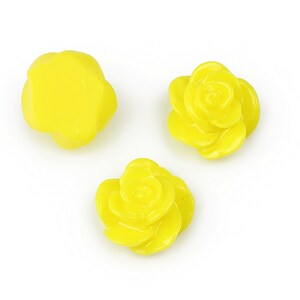Cabochon rasina floare 14mm - galben