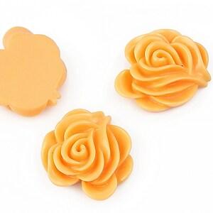 Cabochon rasina floare 19x20mm - portocaliu deschis
