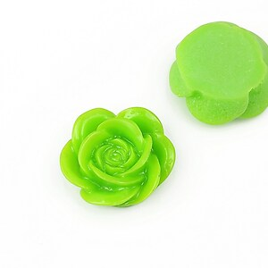 Cabochon rasina floare 19mm - verde