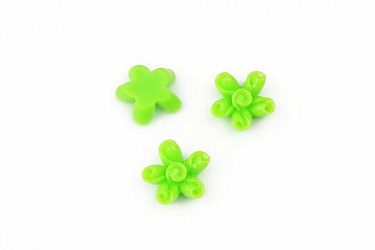 Cabochon rasina floare 12mm - verde