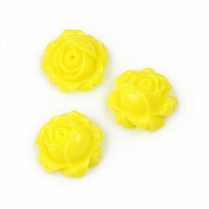 Cabochon rasina trandafir 15mm - galben