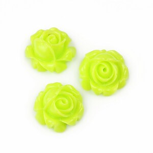 Cabochon rasina trandafir 15mm - verde deschis