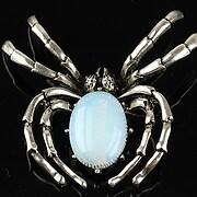 http://www.adalee.ro/66996-large/pandantiv-cu-brosa-argintiu-antichizat-paianjen-si-cabochon-opalit-60x47mm.jpg