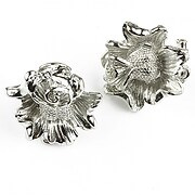 http://www.adalee.ro/69611-large/baza-cercei-argintiu-inchis-floare-20mm-2-buc.jpg