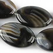 http://www.adalee.ro/72979-large/agate-stripped-oval-30x20mm-negru.jpg