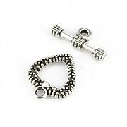 http://www.adalee.ro/73367-large/inchizatoare-toggle-argintiu-antichizat-inima-19x16mm.jpg