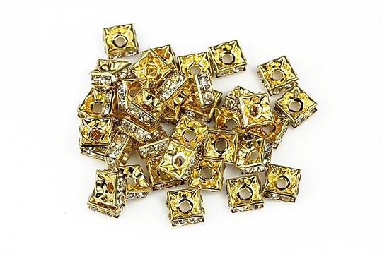 Distantiere patrate aurii cu rhinestone albe 3x6mm