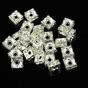 Distantiere patrate argintii cu rhinestone albe 3x6mm