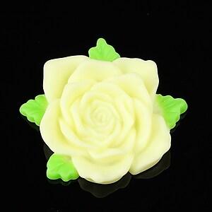Cabochon rasina trandafir cu frunzulite 36mm - galben deschis mat