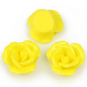 Cabochon rasina trandafir 20mm - galben