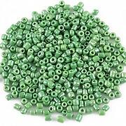 https://www.adalee.ro/32493-large/margele-de-nisip-2mm-lucioase-50g-cod-353-verde.jpg
