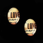 """Cabochon sticla 18x13mm """"This is love"""" cod 866"""