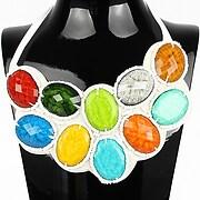 Colier statement cu pietre multicolore si margelute mici perlate