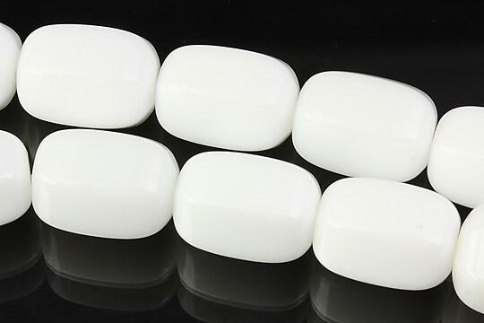 Margele de portelan alb butoias cu fatete mari 18x13mm