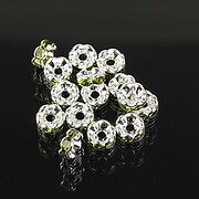 https://www.adalee.ro/86267-large/distantiere-argintii-floare-cu-rhinestones-verde-olive-6mm-3x6mm.jpg