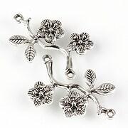 https://www.adalee.ro/88060-large/link-argintiu-antichizat-model-floral-31x18mm.jpg