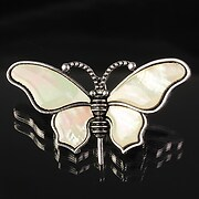Pandantiv cu brosa sidef crem fluture 57x34mm