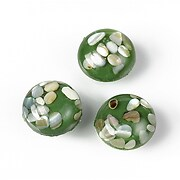Cabochon rasina cu sidef natural in interior 14mm - verde