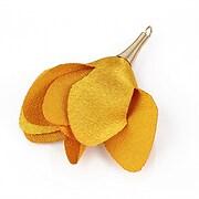 Pandantiv floare lucioasa si agatatoare aurie 55x40mm - galben auriu