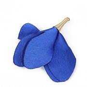 Pandantiv floare lucioasa si agatatoare aurie 55x40mm - albastru safir