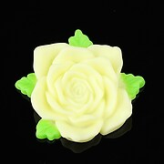 https://www.adalee.ro/9589-large/cabochon-rasina-trandafir-cu-frunzulite-36mm-galben-deschis-mat.jpg