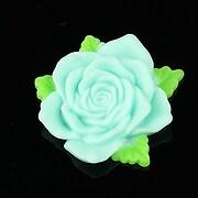 https://www.adalee.ro/9591-large/cabochon-rasina-trandafir-cu-frunzulite-36mm-turcoaz-deschis-mat.jpg